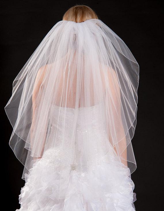 Hochzeit - 2 Layer Fingertip Length Veil