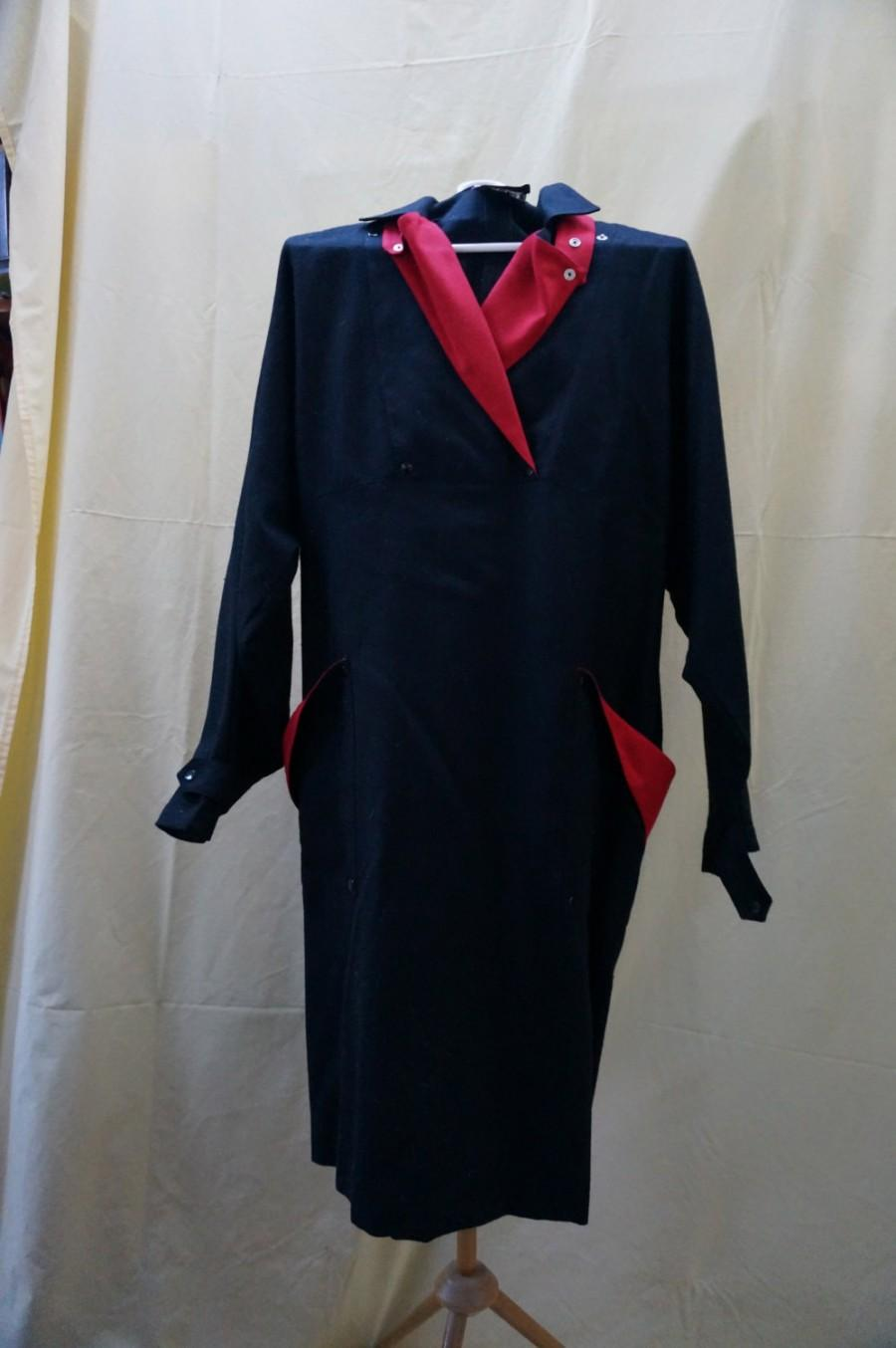 Mariage - UNIQUE One of a kind, 'Valery' Canadian designer, pure soft English viyella wool, with black w. red trim.