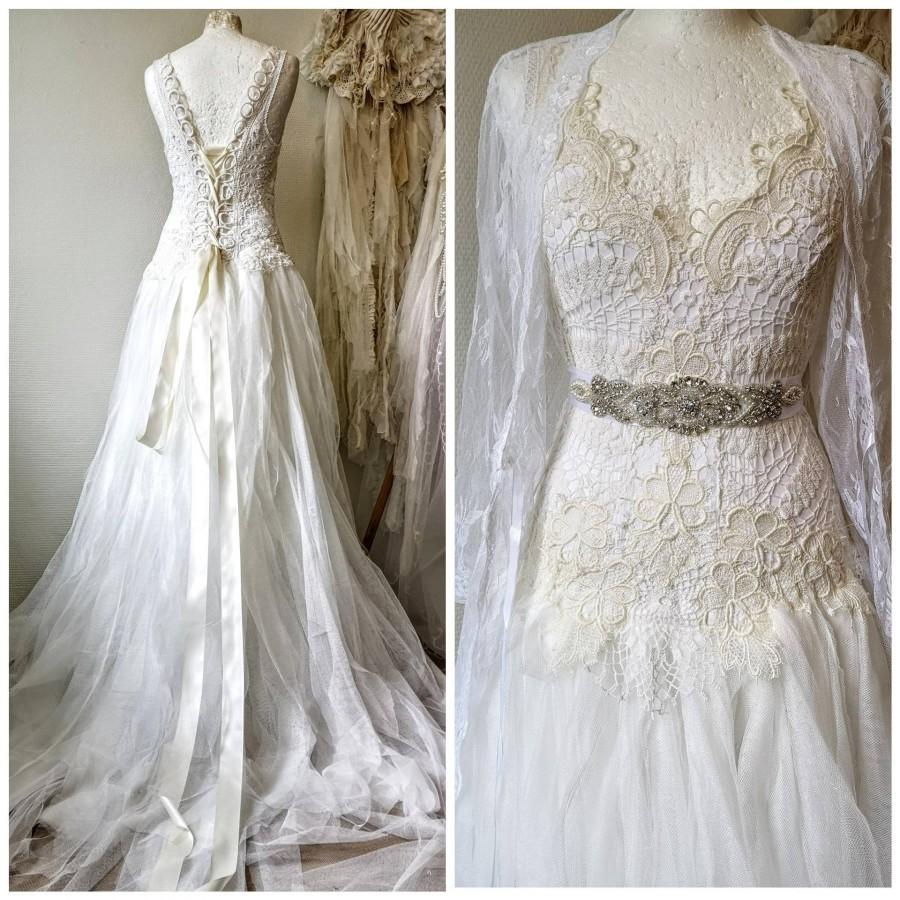 Mariage - Wedding dress lace ,ethereal wedding dress,alternative wedding dress, boho wedding dress,raw rags wedding dress open back,vintage lace dress