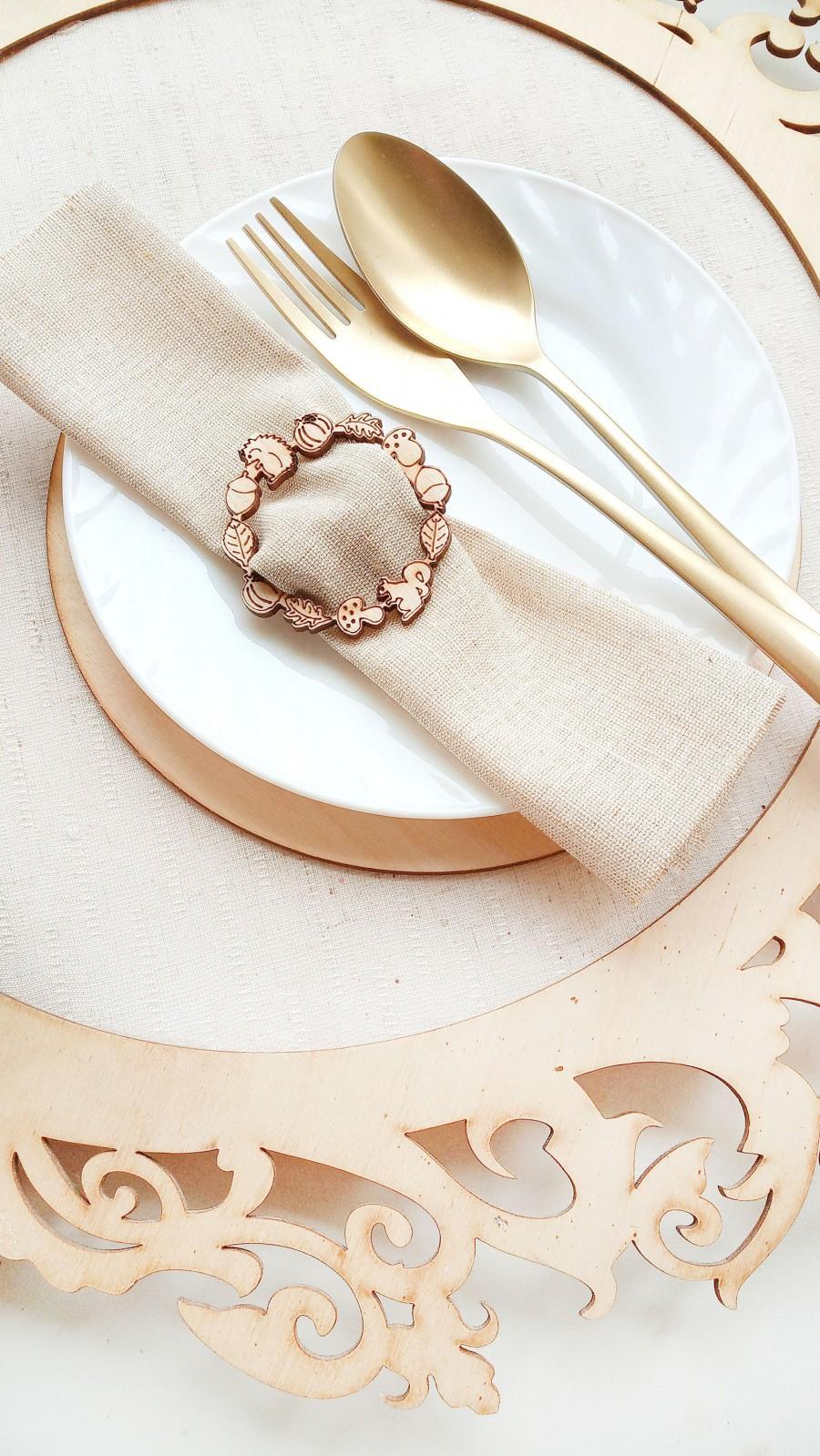 Hochzeit - Wooden napkin ring rustic and forest wedding decor