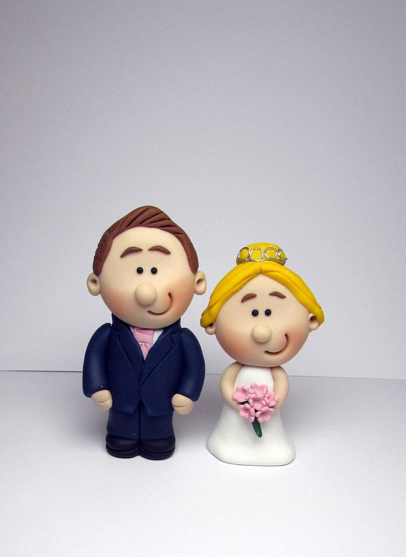 Mariage - MINI Wedding Cake Topper, Bride and Groom or Same Sex Couple, Mini Novelty Cake Topper, Handmade - customise hair, flower and tie colours