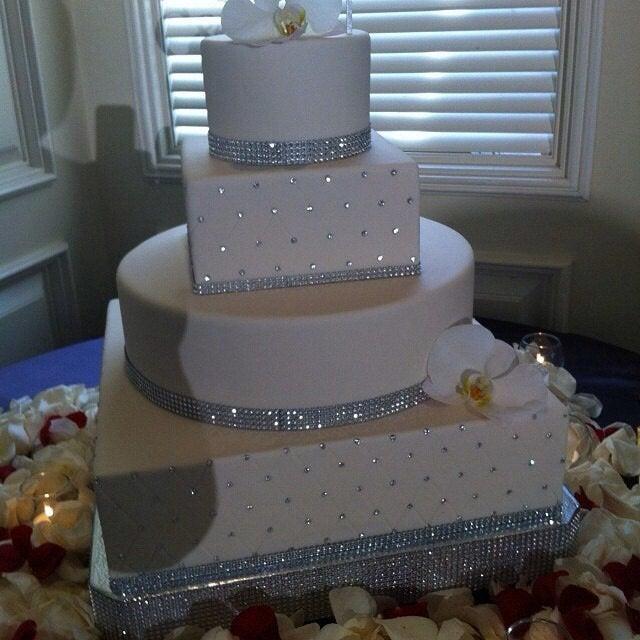 "Mariage - 20"" or 22"" ""Square Dazzling Diamonds"" Bling Wedding Cake Stand / Cake Plateau"