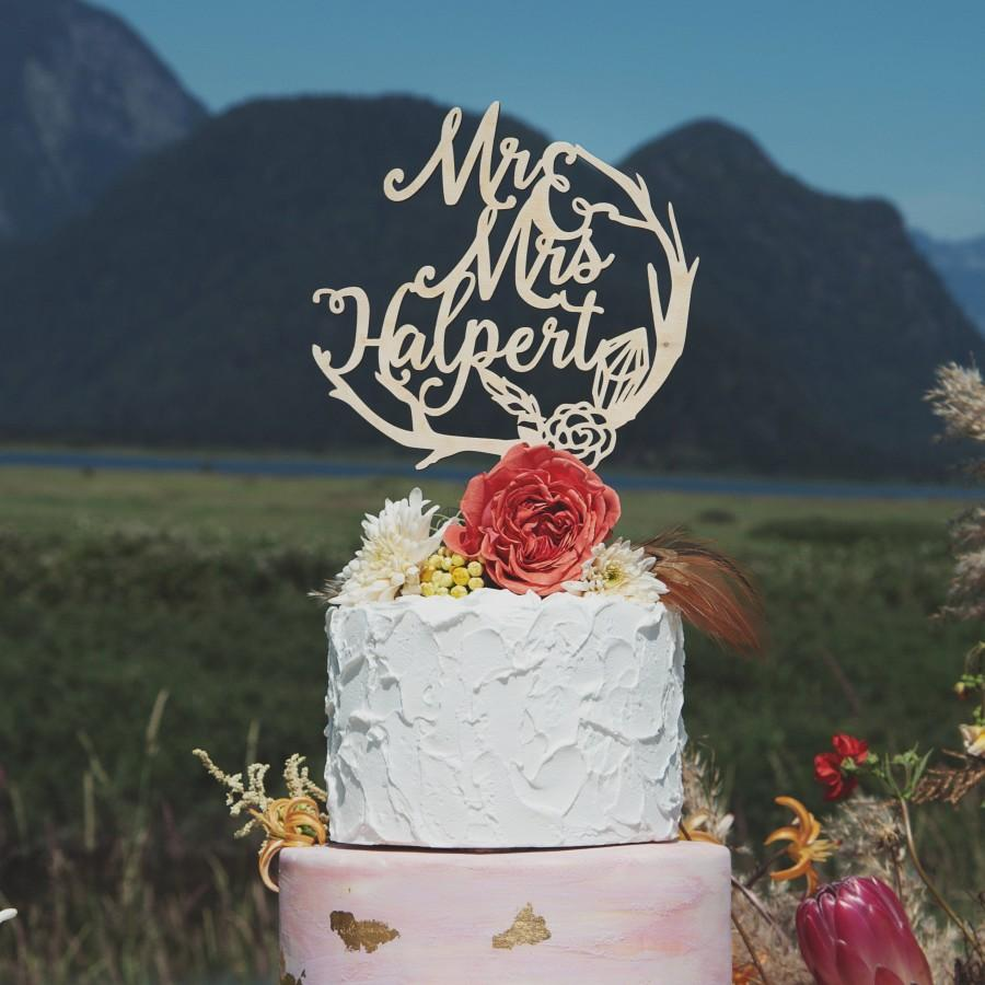 زفاف - Woodland Mr and Mrs Cake Topper, Rustic and Boho Wedding Decor