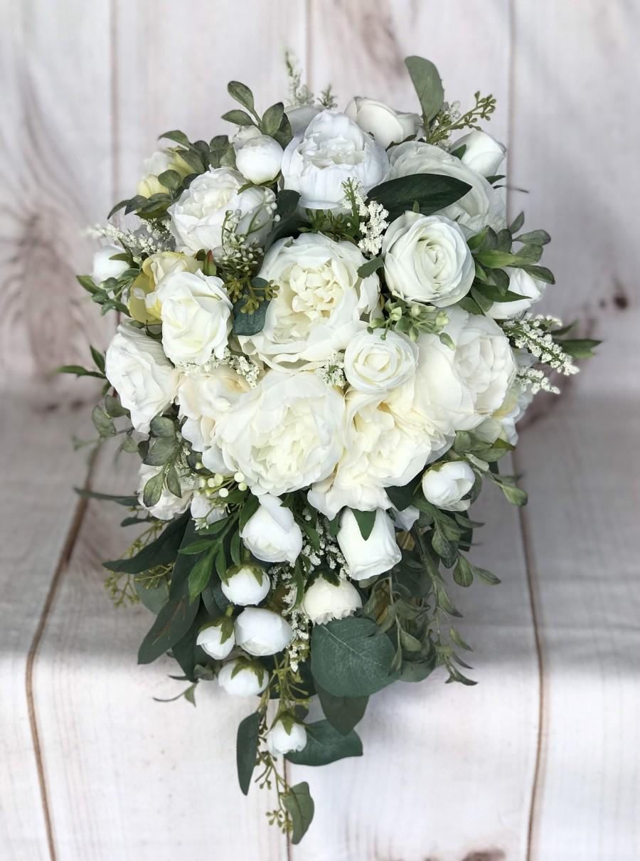 Hochzeit - Cascade Wedding bouquet, Bridal bouquet, White & Ivory silk wedding flowers, Cascade Bridal flowers, Peony bouquet, Silk Bridal bouquet