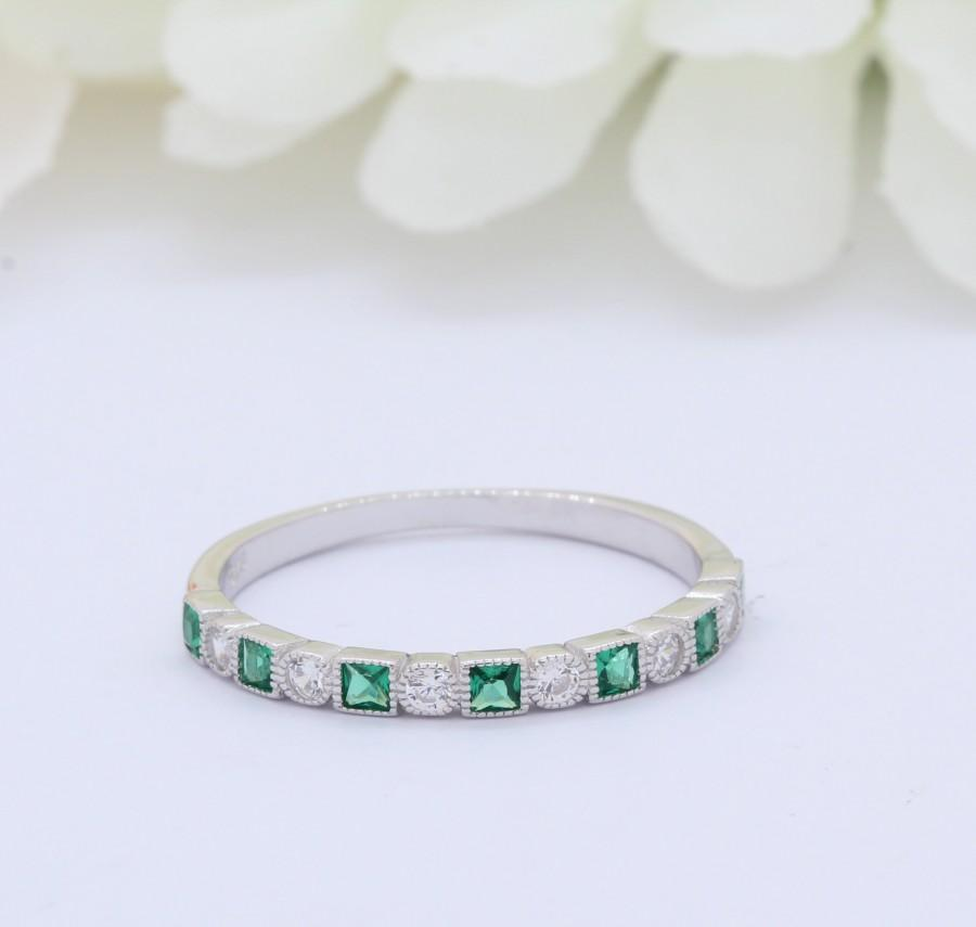 Mariage - 3mm Half Eternity Art Deco Wedding Band 925 Sterling Silver Round Square Princess Cut Emerald Green CZ Simulated Diamond CZ Alternating