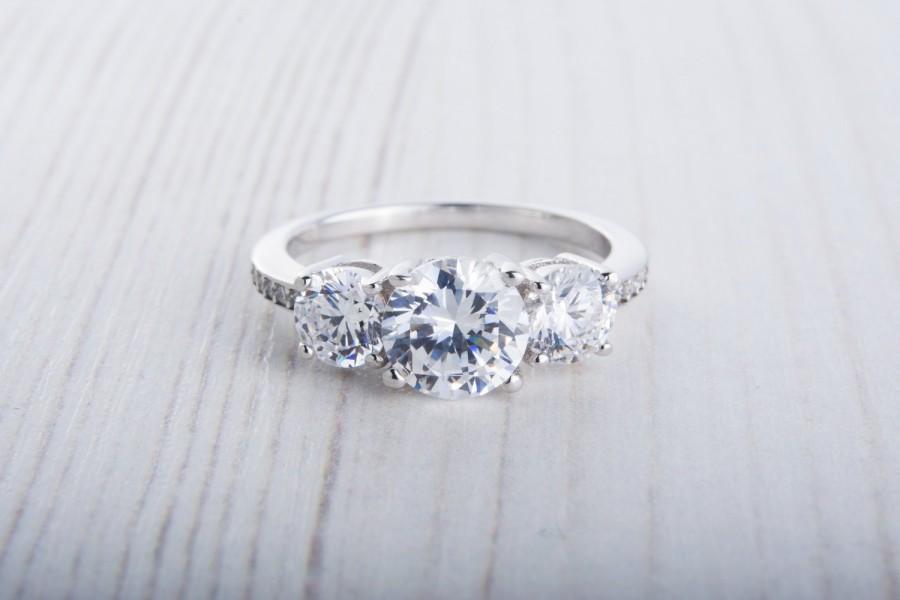 زفاف - ON SALE! Man Made Diamond Simulant Trilogy ring available in white gold or sterling silver - engagement ring - wedding ring - silver ring