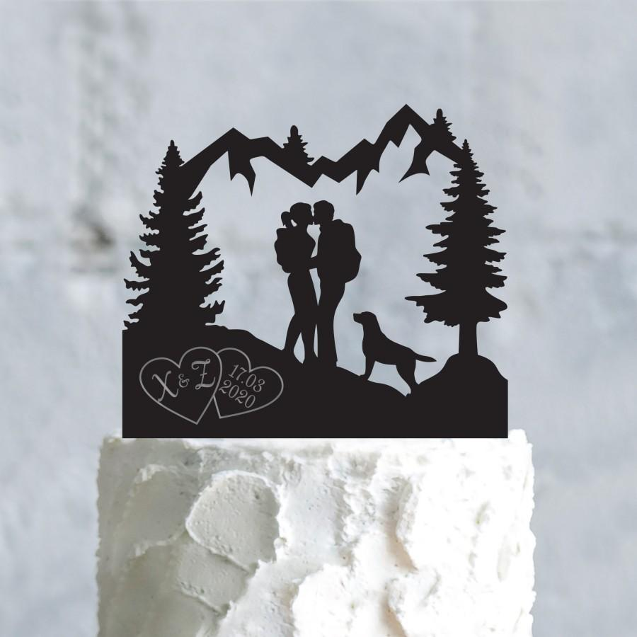 Hochzeit - Mountain couple outdoor custom mr and mrs dog cake topper with labrador retriever,mountain adventure initials engagement dog topper,a752