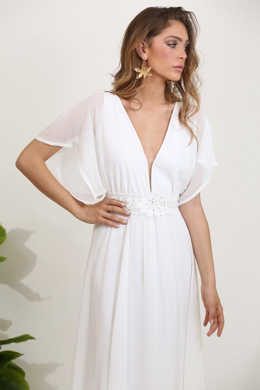 Mariage - Chiffon wedding dress with an embroidery lace belt and train, plunge neckline casual wedding dress, boho wedding dress, beach wedding dress