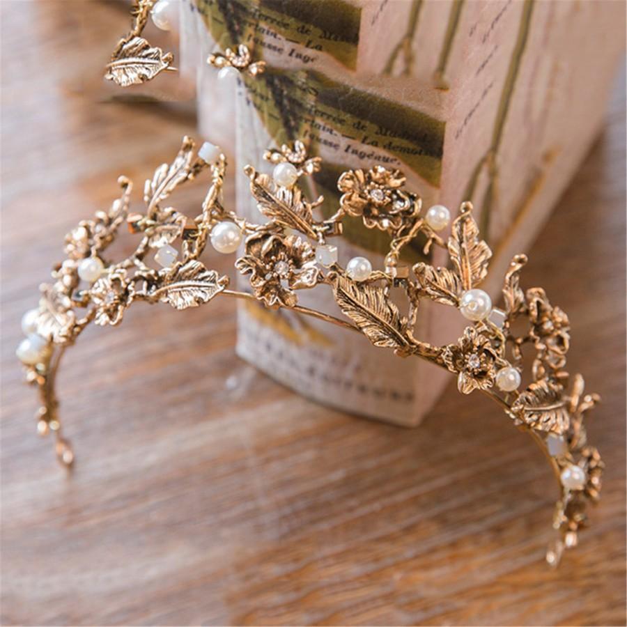 Hochzeit - Golden Flower Wedding Crown Leaves Bridal Crown Pearl Party Crown Wedding Hairdress Pearl Hair Accessory Elegant Floral Bridal Tiara
