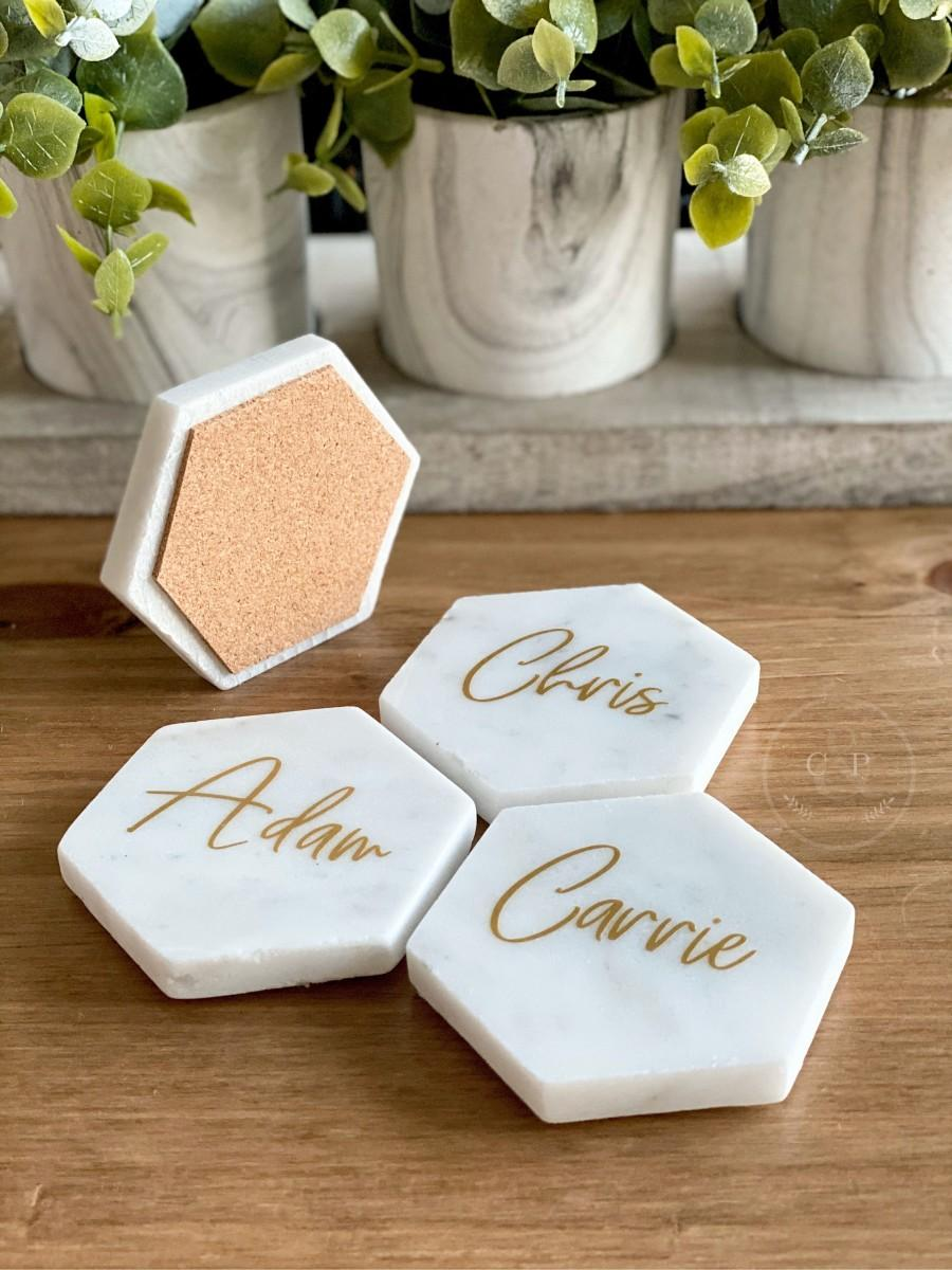 Hochzeit - Marble Place Cards - Modern Wedding Place Card and Favor - Personalized Coaster