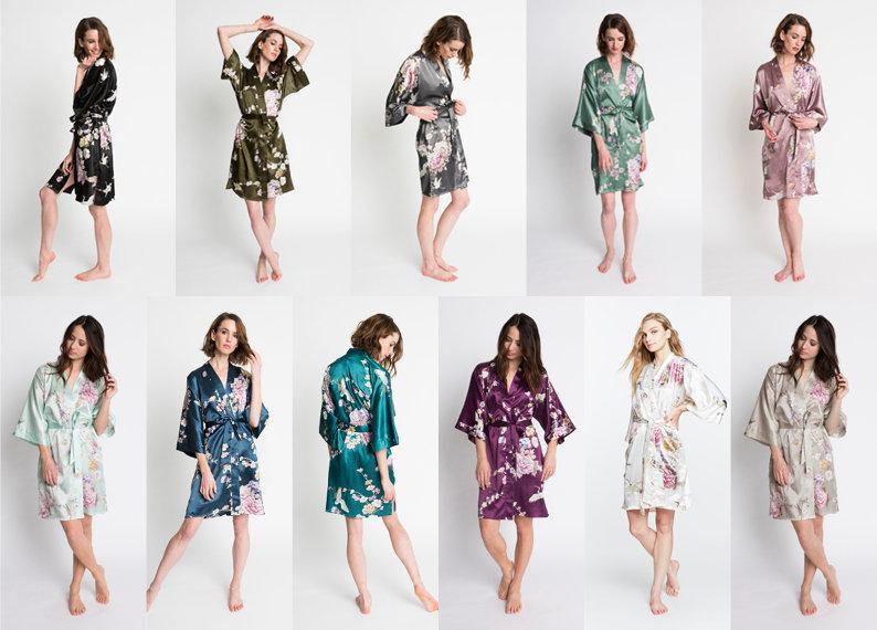 Wedding - Kimono Robe Short in Chrysanthemum & Crane
