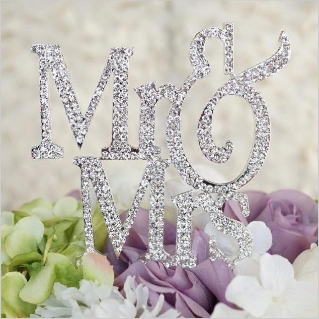 Свадьба - Traditional Wedding cake Topper in Crystal rhinestones Mr & Mrs in silver bling cake decoration