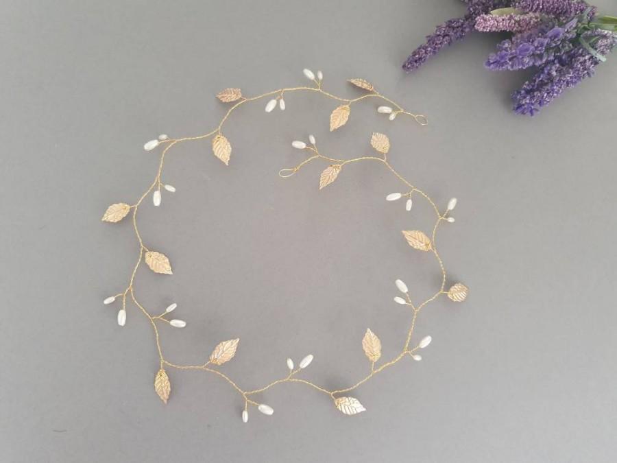 Hochzeit - Gold or silver leaf and pearl hair vine, bridal, wedding head piece, hairpiece, bridesmaid, rustic wedding, leaf hairpiece, hairvine,