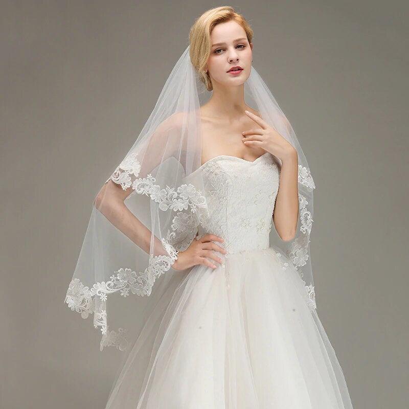 زفاف - White Tulle 2 Layer Bridal Veil With Large Floral Lace Trim Edging