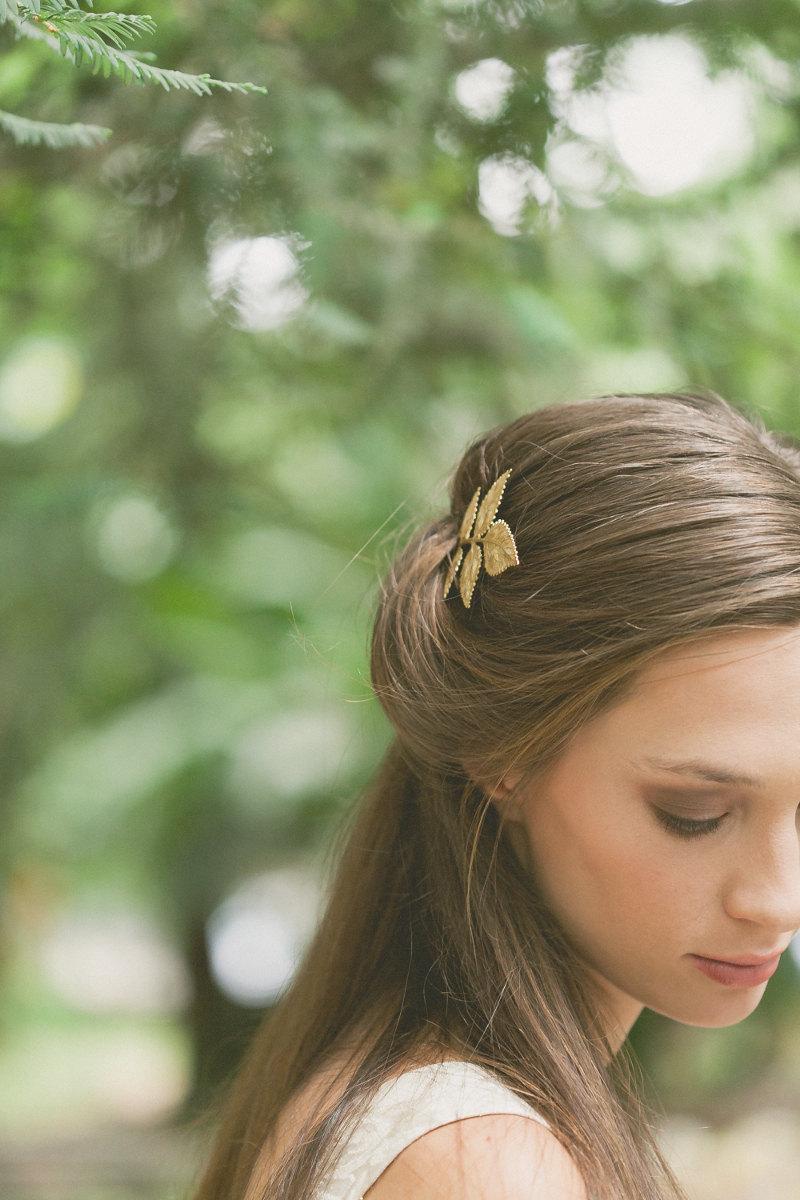 Wedding - Gold Leaf Hair Pin Leaf Bobby Pin Leaf Hair Clip Bridal Hair Bobby Pin Bridal Hair Clip Rustic Woodland Wedding Gold Bridal Hair Accessories