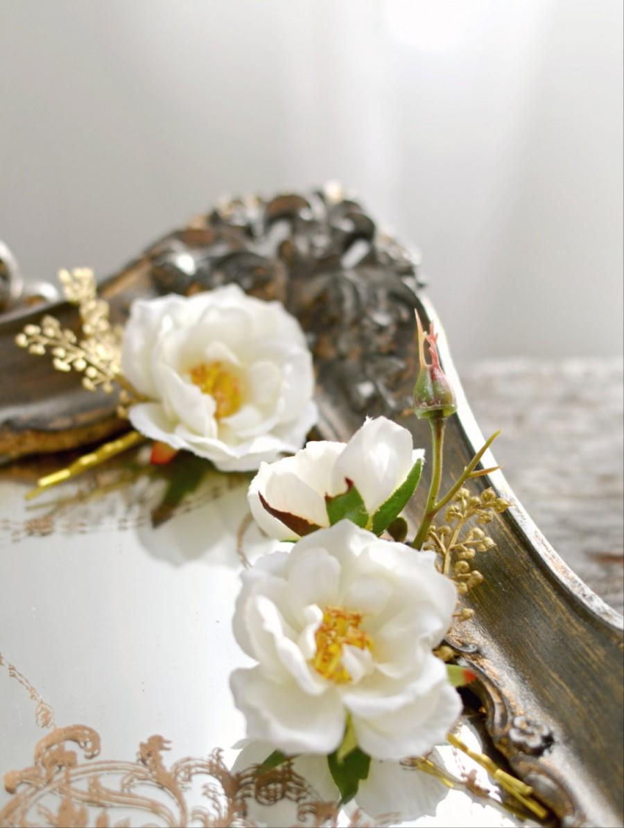 Wedding - Bridal flower hair pins, wedding bobby pins, white flower hair clips, rose and golden fern hair pins, hair accessories