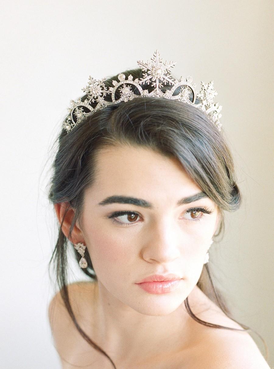 Mariage - Bridal Tiara Crystal Tiara BIANCA Swarovski Bridal Tiara Crystal Wedding Winter Wedding Tiara Swarovski Snowflake Crystal WeddingTiara