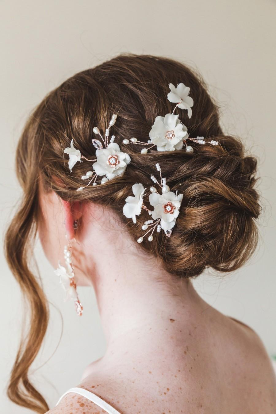 Wedding - Off white silk flower bridal hair pins Cream blossom flower wedding hair pins Rose gold crystal hair pins Set of 3 Bridesmaid gift hairpins