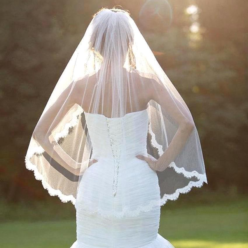 Wedding - White/Ivory Elegant Bridal Wedding Veil,Short Lace Veil With Comb,With Lace Edge Around