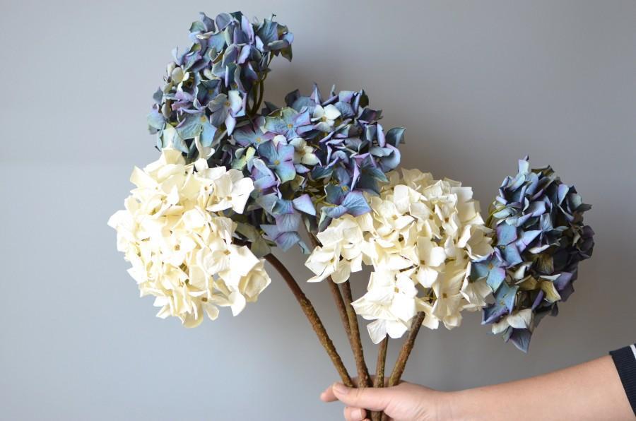 Mariage - Silk Dried Hydrangeas, Artificial Hydrangeas, Blue Purple Centerpieces, DIY Silk Wedding Bridal Bouquets