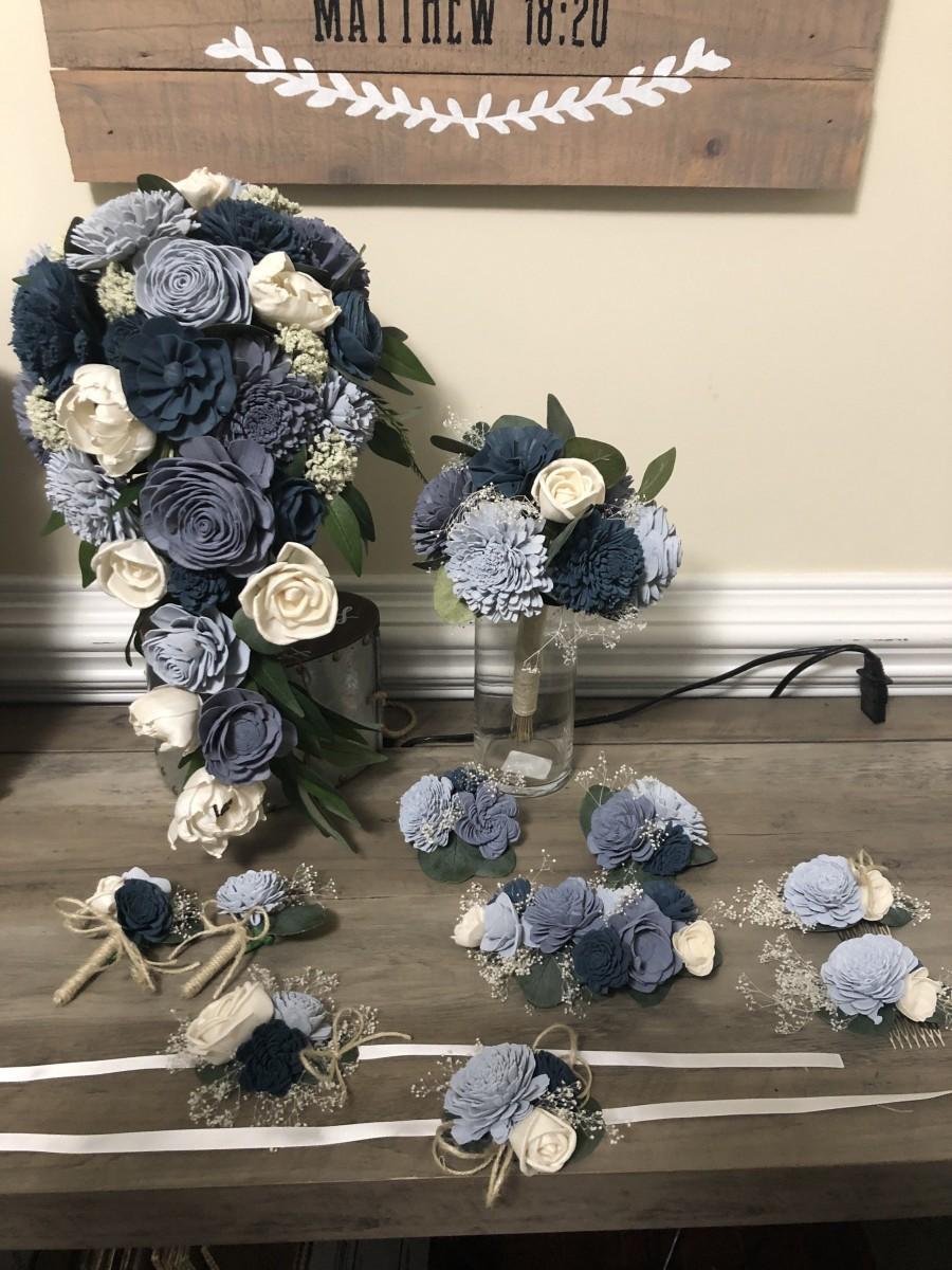 Mariage - Slate Blue, Dusty Blue Bouquet, Dusty Blue, Ivory Boutonnière, Corsage, Cake flowers, Something Blue Wedding, Sola Wood Flowers