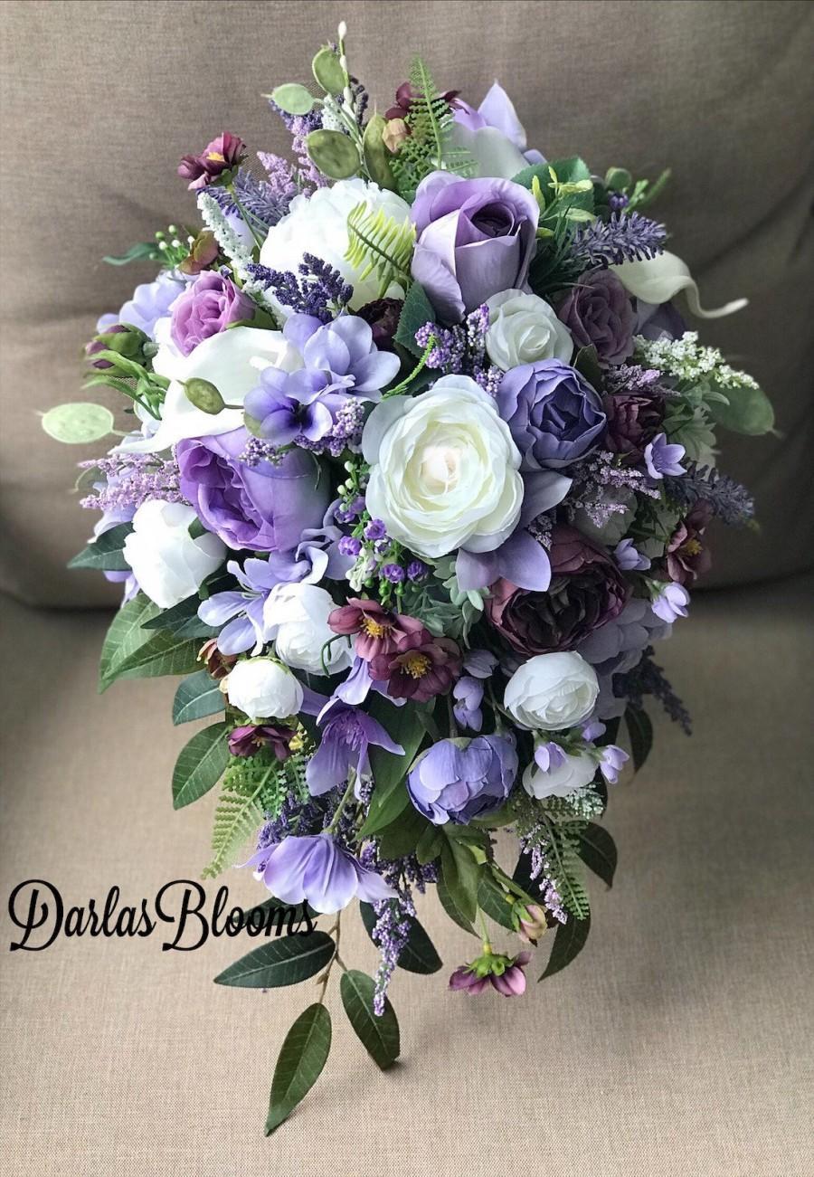 Wedding - Cascade bouquet, Lavender Wedding flowers, Purple Bridal bouquet, Wedding bouquet, Wedding flowers, Bridal bouquet, Waterfall bouquet, Lilac