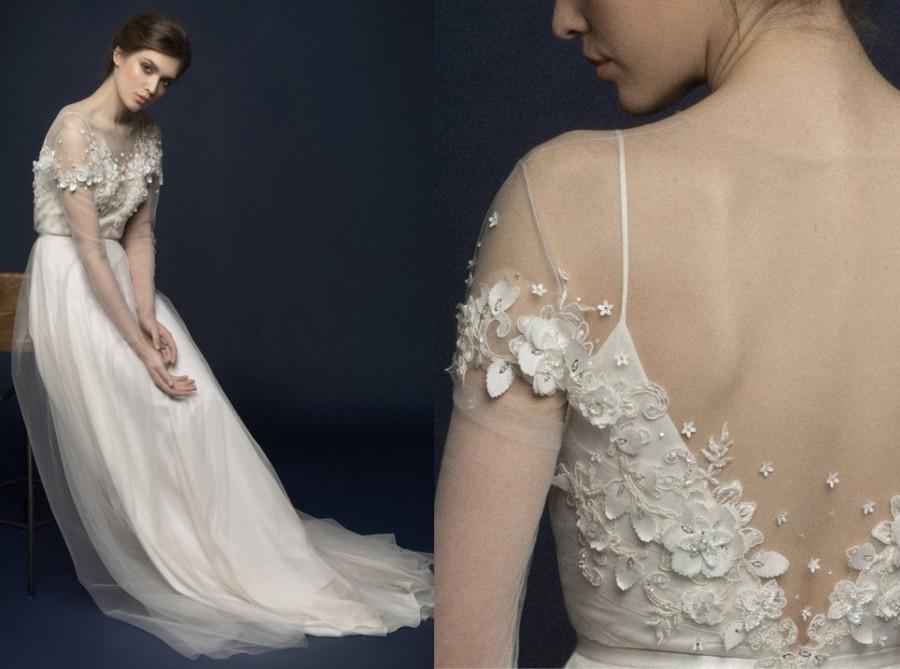 Wedding - Embroidered wedding dress, flower bridal gown