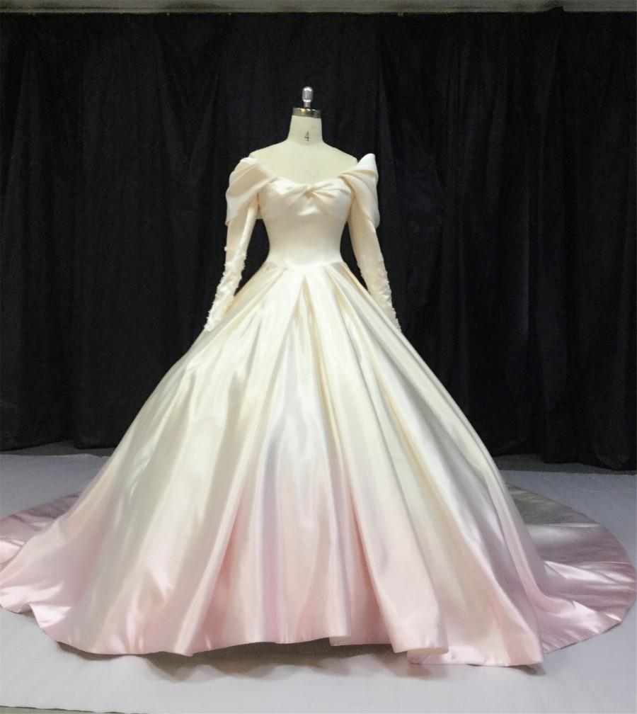 Mariage - A-Line/Princess V-neck Cathedral Train Satin Wedding Dress