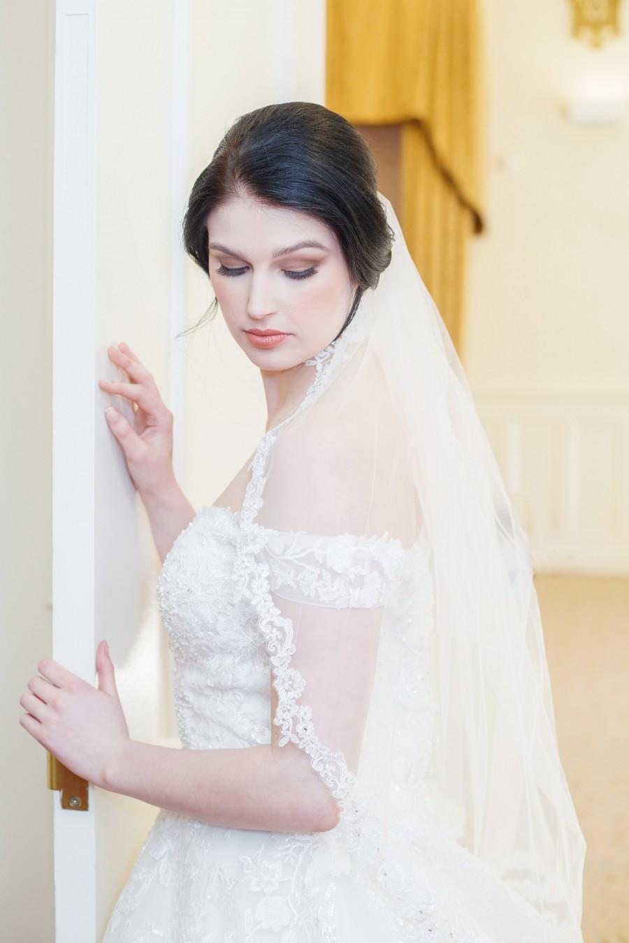 Wedding - Lace Edge Veil, One Tier Lace Edge Wedding Veil, Single Tier Lace Edge Bridal Veil, Lace Edge, 1 Tier Veil, Ivory Wedding Veil