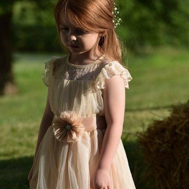 Hochzeit - Charlotte flower girl dress ivory flower girl dress girls lace dress lace dress toddler lace dress boho girl dress flower girl dress lace