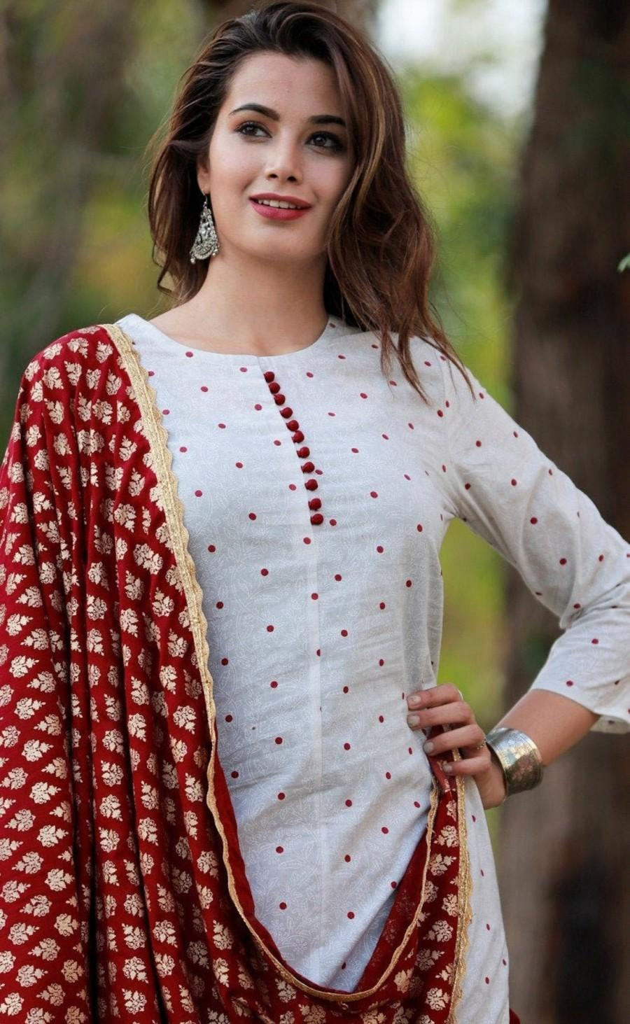 Mariage - Indian White kurta with Maroon Plazzo Dupatta Set