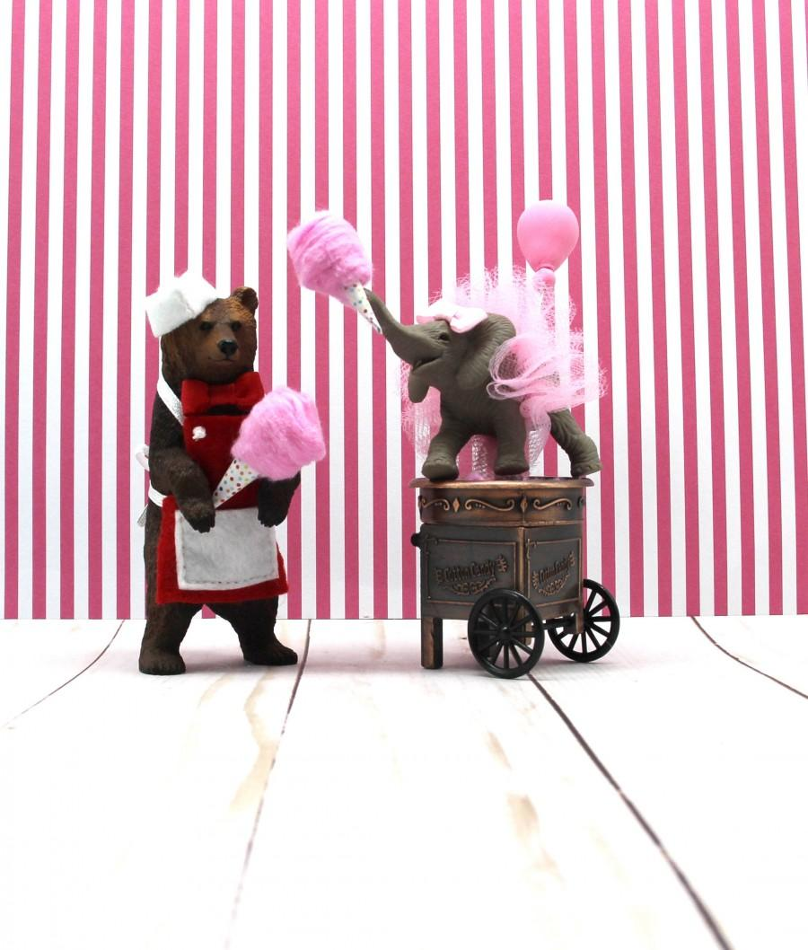 Mariage - Circus Grizzly Bear,  Carnival Birthday, Circus Birthday, Grizzly Bear Cake Topper, Baby Elephant Cake Topper, Cotton Candy Cake Topper