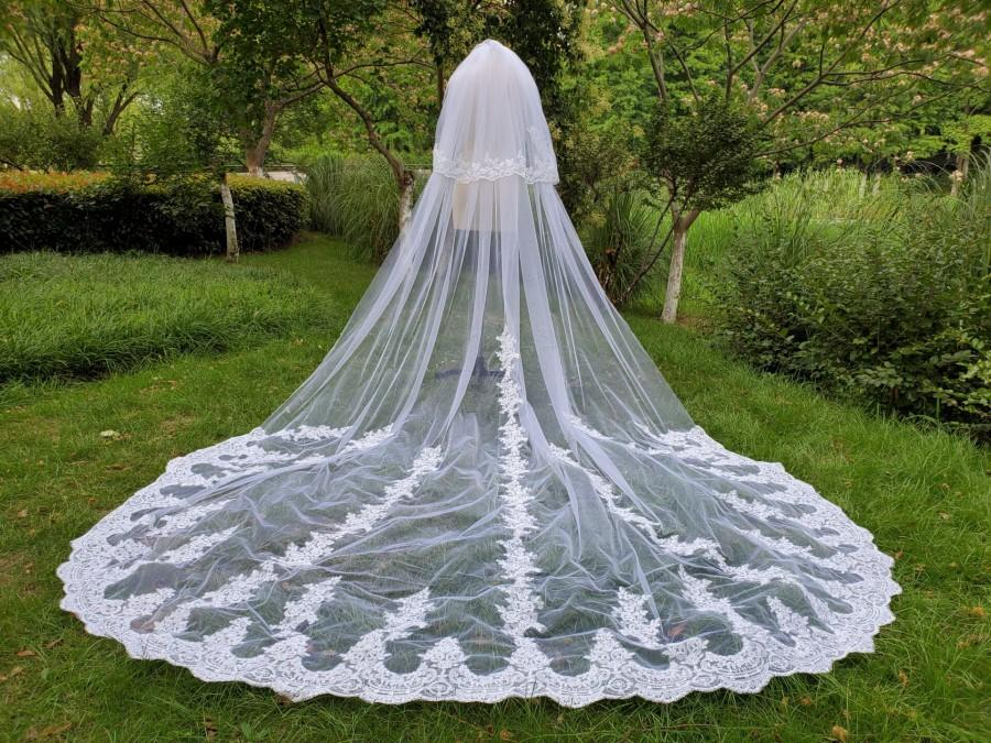 زفاف - Floral wedding veil, white veil, two-layer flower veil, custom veil, blush cathedral wedding veil & comb