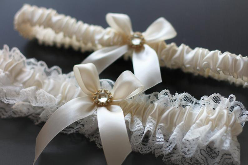 Wedding - Ivory Bridal Garter Set, Ivory Wedding Garters