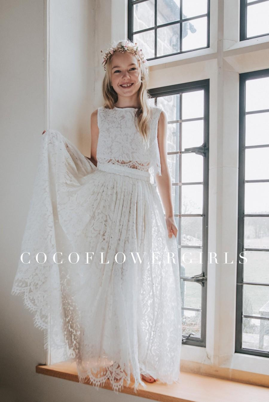 Свадьба - Beautiful White Sleeveless Lace Crop Top and Long Lace Tulle Skirt