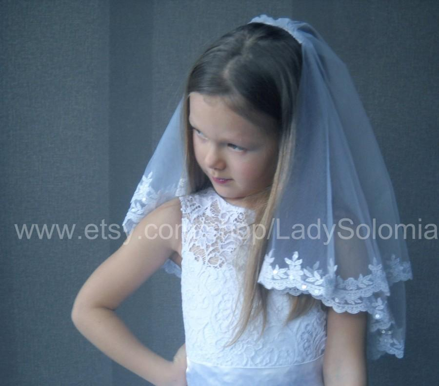 Mariage - First Communion Veil  with sequins, 2 tier communion veil, Little girls veil, Flower girl veil, First Holy Communion, Communion Accessory
