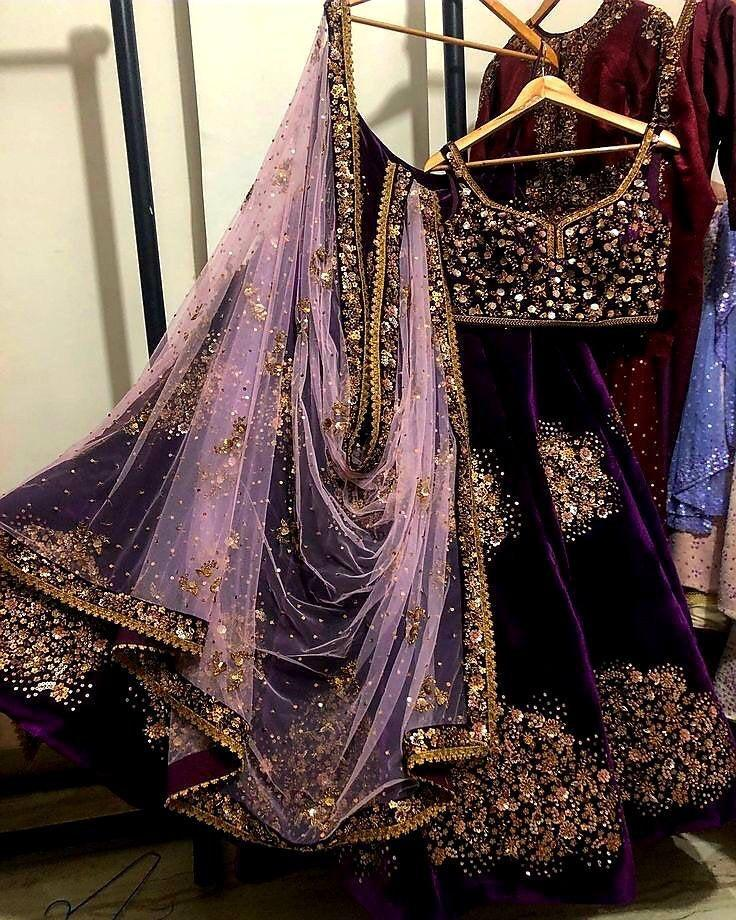Mariage - On Sale Heavy embroidery work Purple VISCOSE lehenga choli Indian Pakistan wedding bridal lehenga Ghagra choli chaniya choli