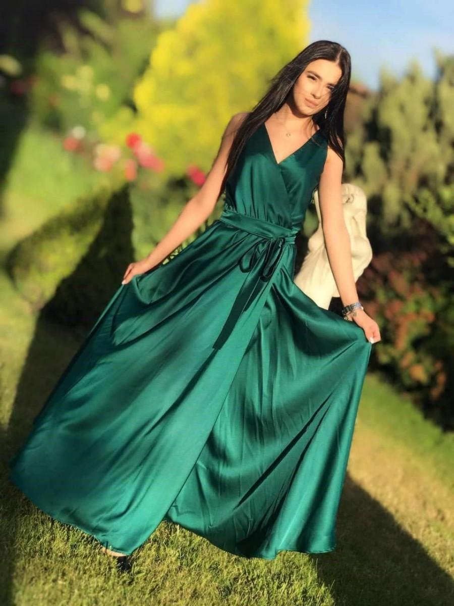 Hochzeit - Emerald Green Wrap Dress, Sleeveless Long Dress, Silk Maxi Dress, Infinity Dress, Bridesmaid Wrap Dress, Bridesmaid Maxi Dress