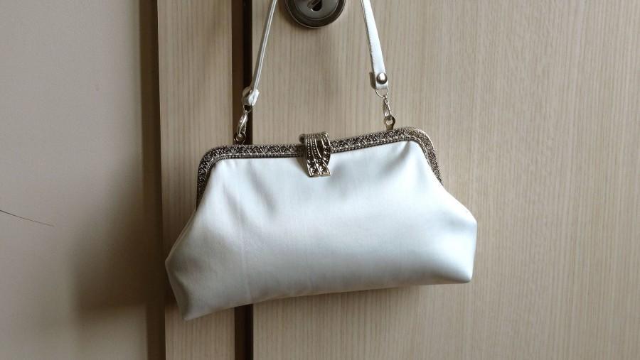 Wedding - Bridal clutch ivory bag,  bridal bag clutch , Ivory satin clutch ,Wedding clutch for bride,Monogramed wedding clutch,Wedding purse bride