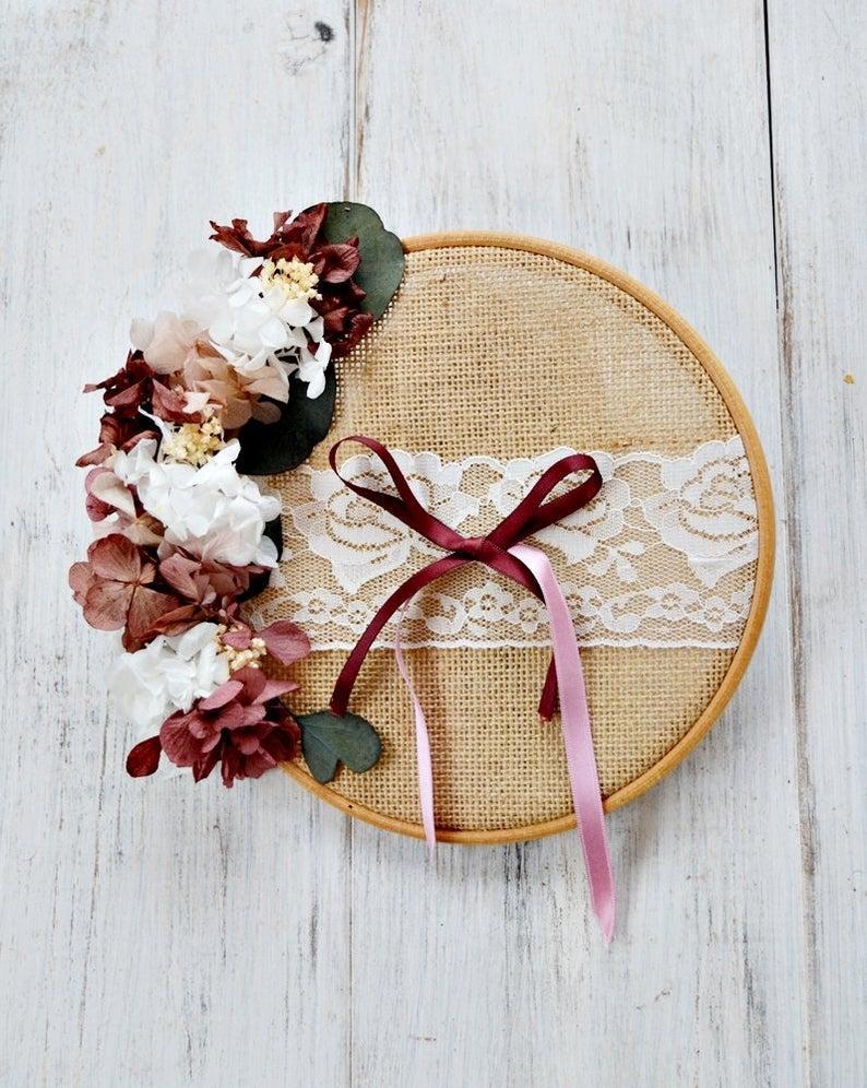 Wedding - Wedding Ring Holder Embroidery Frame, Preserved flower Wreath for Wedding Ceremony, Original Floral Ring Pillow, Burlap Ring Hoop.