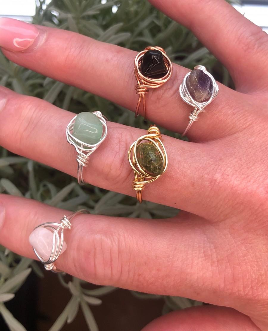 Mariage - Made to order assorted gemstone and wire colour rings. Unique and dainty design, pick your size, crystal and wire colour.