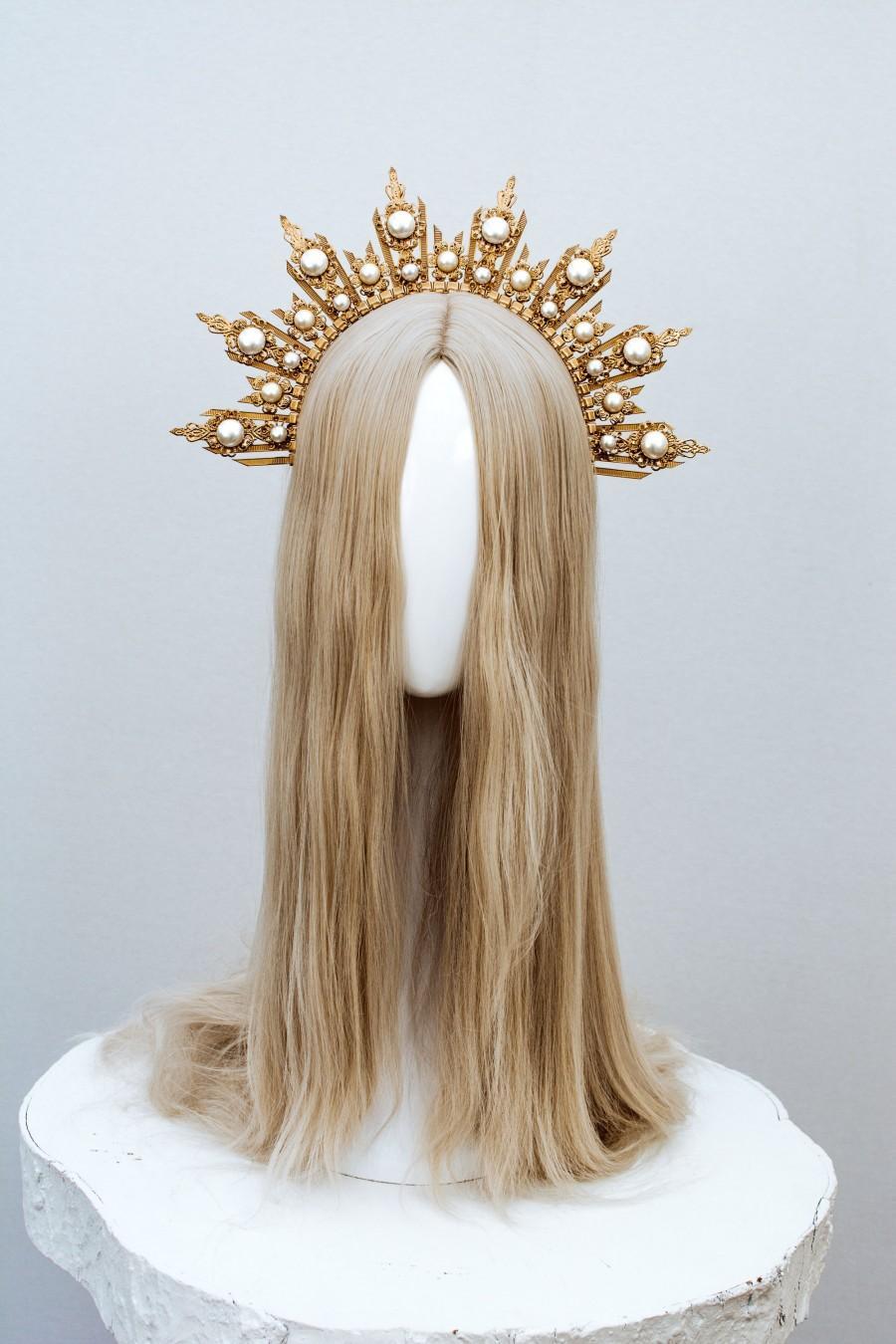 Hochzeit - Gold Halo crown, Glitter Halo Headpiece, Festival crown, Festival headpiece, Met Gala Crown, Sunburst Crown, Gold Boho Crown, Boho Wedding