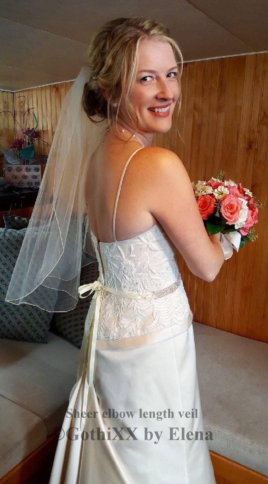 "Hochzeit - Soft Wedding Bridal Veil Sheer Shoulder Elbow Waist Hip length Single Tier 54"" Width Pencil Edge 30 Colors Made in USA"