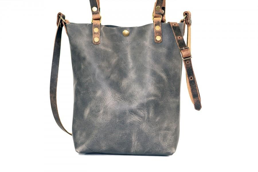 Hochzeit - Made in USA Classic Leather Tote Bag