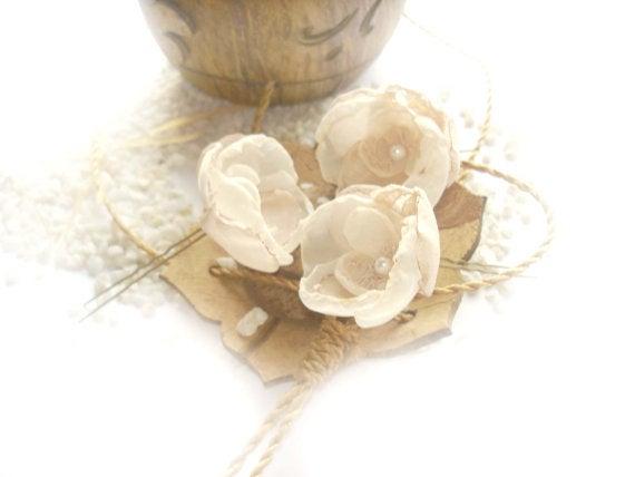 Hochzeit - Ivory bridal hair pins, wedding hair piece, lace wedding hair accessories , pearl bridal hair piece, flower hair pin