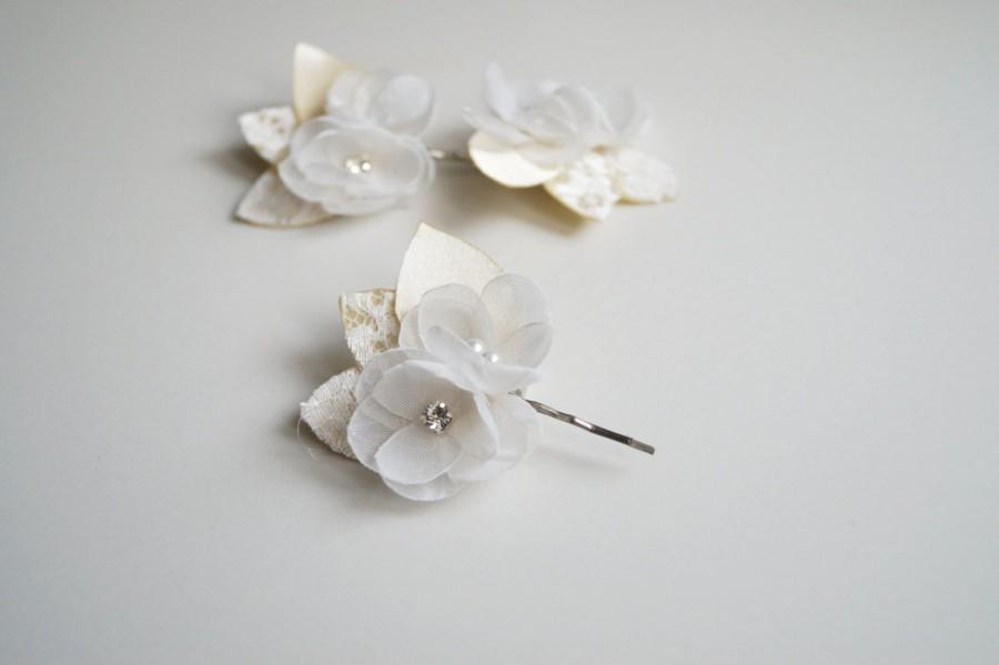 Wedding - Ivory Wedding Hair Clips,  Champagne Bridal Hair Flower , Lace Rustic  Bobby Pins