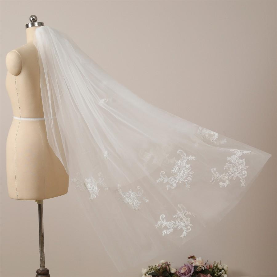 Wedding - Beautiful Scattered Lace Bridal Veil Floral Lace Fingertip Veil with Blusher Veil Ivory Waltz Wedding Veil Lace Hip Length Veil Dance Veil