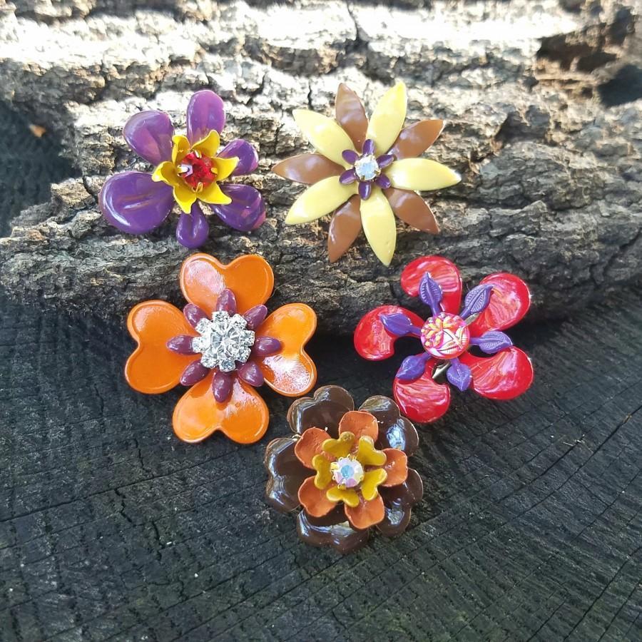 Mariage - Set of 5 Mini Autumn Flower Brooches Enamel Flowers Red Brown Yellow Orange Purple Broach Small Metal Flowers Pins FLOT59