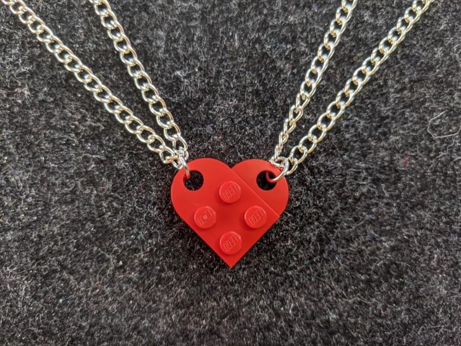 Свадьба - BrickCrafts Basic BFF His/Hers Half-Heart Pendant Necklaces (Set of 2)  - All 16 colors, same price