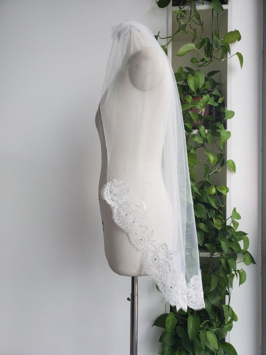 Wedding - Custom bride veil white or ivory 1T lace veil wedding fingertip lace veils & Comb